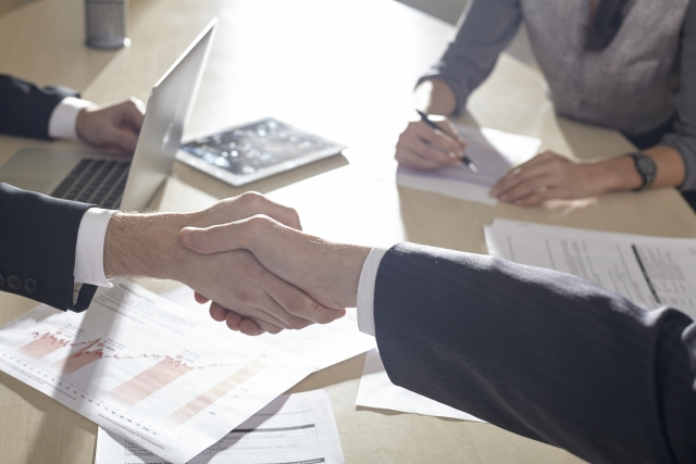 会社員 から 独立 ・ 起業 をする前に行なっておいた方が良い 準備 顧客 の 確保