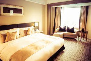 日本人起業家が立ち上げた、ホテルを家にできる「 エニープレイス 」とは