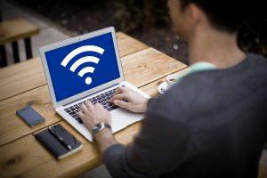 WiMAXルーターの5GHzと2.4GHzの違いや料金、設定方法について解説