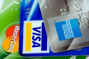 年会費無料の法人カードのメリット・デメリット、おすすめのカードとは