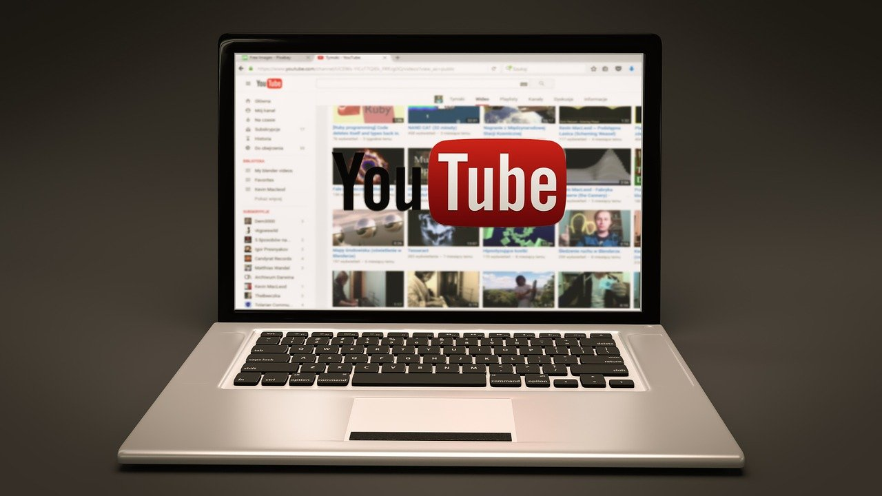 YouTubeで同じ動画だけをリピート再生する方法をスマホ・PC別に解説